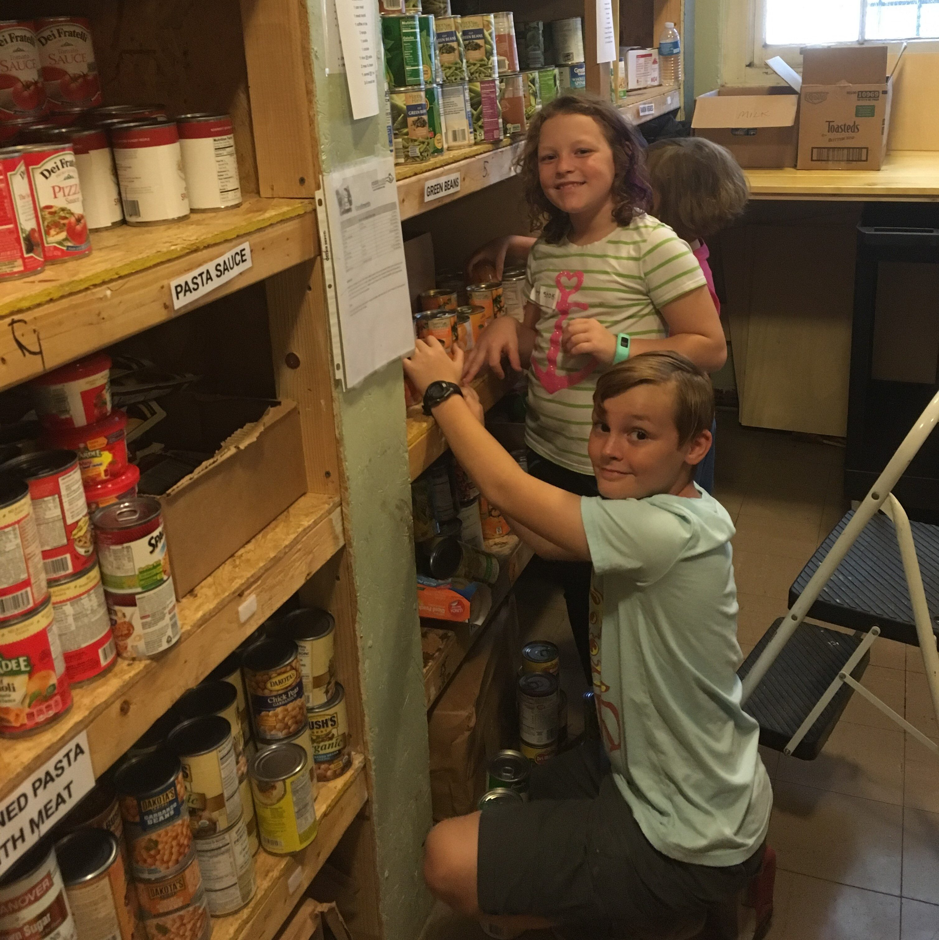 Volunteering at Isaiah 58 Ministries